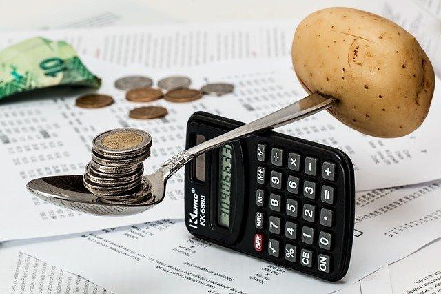 Se över dina utgifter och gör en budget